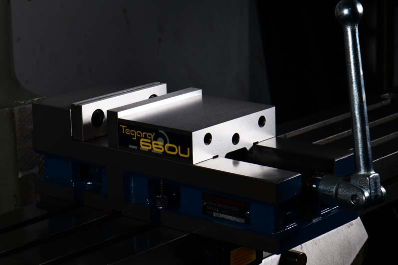 "SHARS 6 x 5.9/"" Precision Mill Vise Anti-Jaw Lifting W// Swivel Base CNC New"
